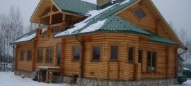 Срубы домов из бревен